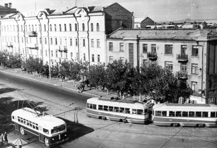 Фотолетопись. Здание по улице Артема, 119 в Сталино