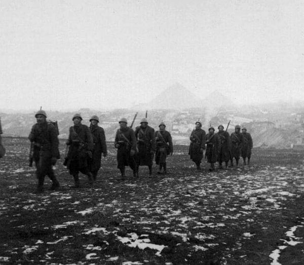Фотолетопись. Итальянцы на окраине Сталино. 22-24 октября 1941 года.