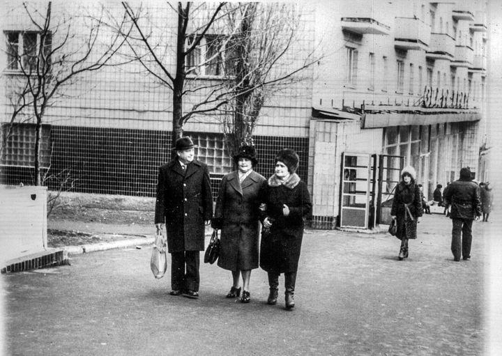 """Фотолетопись. Пр. Ильича - """"Злата Прага"""". 80-е годы"""