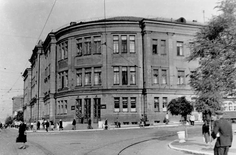 Фотолетопись. Исторический календарь жителя Донецка: больница на Пожарной