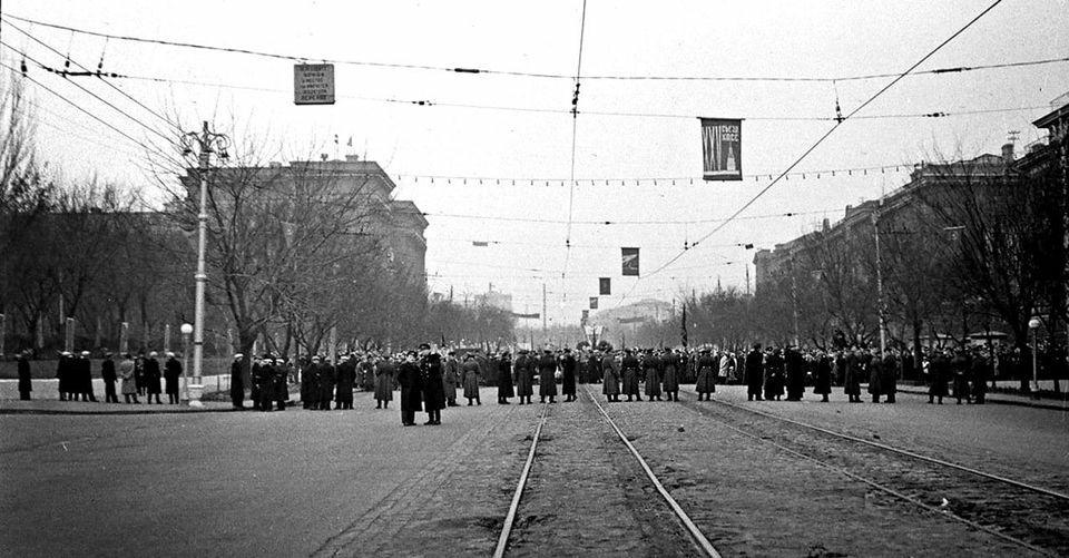 Фотолетопись. Сталино. 1961 г. Городу Сталино осталось прожить два дня